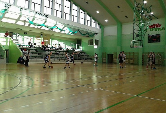 Wygrywamy w Raciborzu!  RKK AZS Racibórz - DAAS Basket Hills Bielsko-Biała 66:82