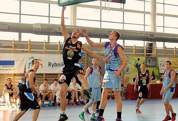 Wyjazdowa porażka koszykarzy DAAS Basket Hills w Rybniku.