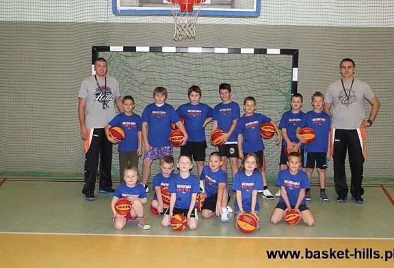 Zdjęcia z zajęć w Szkółce Koszykarskiej DAAS Basket Hills B-B